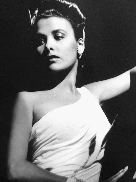 Publicity photo of Lena Horne