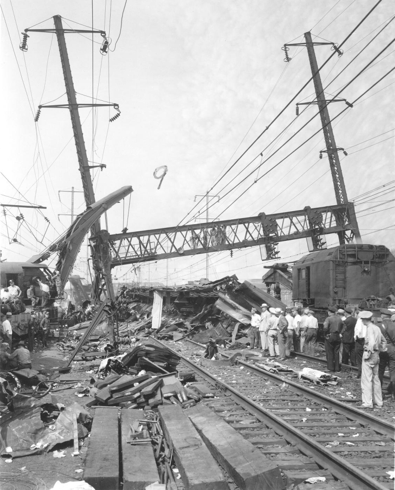 Congressional Limited Accident at SHORE Interlocking Sept. 6, 1943