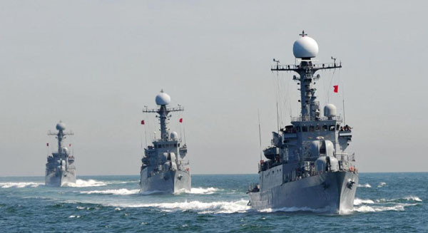 South Korean Navy patrol combat corvettes stage an anti-submarine exercise off the western coast of Taean on May 27, 2010.
